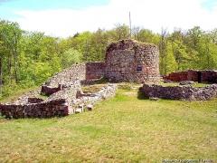 Château - Français:   Tour de l\'ancien château médiéval.