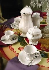 Faïencerie - English: Beyerlé tableware. Earthenware shapes from ca. 1740, Niderviller, France