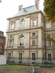 Palais de Justice - Français:   Palais de justice d\'Amiens: Façade est, pavillon sud