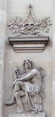 Palais de Justice - Français:   Amiens, palais de justice, bas-relief représentant La Science par Justin-Chrysostome Sanson
