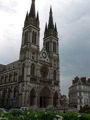 Eglise Saint-Bruno - église Saint-Bruno de Voiron (Isère)