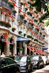 Hôtel Plaza-Athénée -  Plaza Athénée