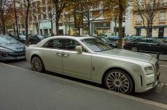 Hôtel Plaza-Athénée -  Rolls-Royce Ghost, Plaza Athénée, Paris.