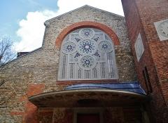 Eglise Saint-Louis de Vincennes - Deutsch: Fassade der Kirche St. Louis, Vincennes, Département Val-de-Marne, Region Île-de-France, Frankreich