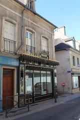 Immeuble - Français:   Boucherie Saint-Louis, Autun.