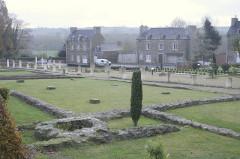 Site gallo-romain de Monterfil - English: Corseul Roman ruins