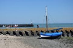 Jetée dite Cale de l'Epi - Français:   Vieux gréement au port de Cancale, Ille-et-Vilaine, Bretagne, France