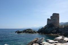 Tour d'Erbalunga - English: Erbalunga is a small village 10 km north of Basia. At the marina there is an old genoese watch tower.