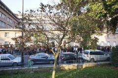 Lycée Camille Sée - Français:   devant le Lycée Camille-Sée