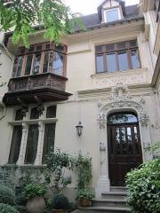 Maison Eymonaud - Français:   Maison Eymonaud, maison de ville, 7 impasse Barie-Blanche, XVIIIe arrondissement, Paris, France.