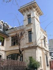 Maison Eymonaud - Français:   Paris 18e arrondissement - Maison Eymonaud - La tour