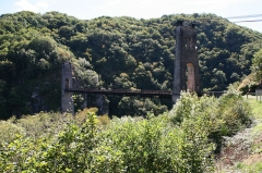 Viaduc des Rochers Noirs (également sur commune de Soursac) - English: Viaduc des Rochers Noirs