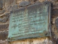 Viaduc des Rochers Noirs (également sur commune de Soursac) - Viaduc des Rochers Noirs, la plaque constructeur