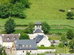 Eglise Saint-Geniès de Benque-Dessous - Français:   L\'église Saint-Geniès de Benque-Dessous vue depuis Saccourvielle, à l\'est, Haute-Garonne, France.