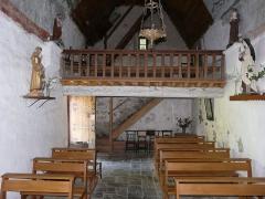 Eglise Saint-Geniès de Benque-Dessous - Français:   La nef et la tribune de l\'église Saint-Geniès de Benque-Dessous, Haute-Garonne, France.