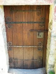 Eglise Saint-Geniès de Benque-Dessous - Français:   La porte de l\'église Saint-Geniès de Benque-Dessous, Haute-Garonne, France.