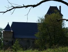 Seigneurie de la Grande Courbe -  Château de la Courbe, Brée (Mayenne)