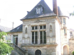Pavillon Henri II - English: Le Pavillon Henri II