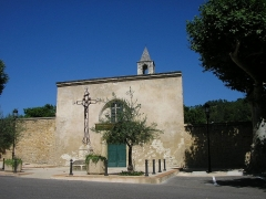 Chapelle Saint-Pierre-aux-Liens, située à Derboux - Mondragon - Entrée du cimetière