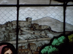 Château fort - 1er registre de la baie 05 de l'église saint-Sulpice de Fougères (35). Pèlerinage à la grotte de Lourdes. Détail. Château de Lourdes.