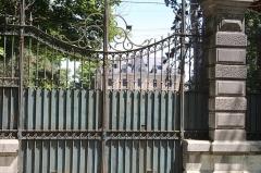 Château de Fleyriat - Français:   Entrée dans le domaine de Fleyriat.