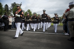 Mémorial Américain du Bois Belleau - English: U.S. Marines with the 1st Marine Division Band march off the field during an anniversary ceremony with the French Legionnaires on Aisne Marne American Cemetery in Belleau, France, on May 31, 2015. The ceremony was held to commemorate the Battle of Belleau Wood. (U.S. Marine Corps Photo by Sgt. Luis A. Vega/Released)