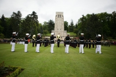 Mémorial Américain du Bois Belleau - English: Marines of 5th Marine Regiment, 1st Marine Division participate in the Memorial Day ceremony at Belleau cemetery, May 26. The Marines preformed drill and provided rifle squad for the ceremony alongside their French marine counterparts as part of a long tradition intended to memorialize those lost at the Battle of Belleau Wood during World War I. (Official Marine Corps photo by: Cpl. Daniel A. Wulz)