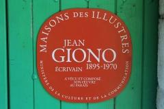 Maison de Jean Giono, dénommée Le Paraïs - Français:   Plaque Maison des Illustres, Maison Le Paraïs, Manosque.