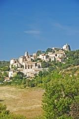 Château de Simiane - Deutsch: Chateau de Simiane-la-Rotonde, Ansicht des Dorfs von S