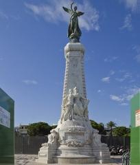Monument du centenaire de la réunion à la France situé dans le jardin Albert Ier -  Monument du Centenaire, Jean-Médecin, Nice, France