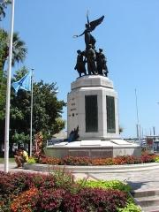 Monument aux morts de la guerre de 1914-1918 -  A Nos Morts; Cannes, Provence-Alpes-Côte d'Azur, France