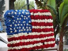 """Monument aux morts de la guerre de 1914-1918 - English: """"A nos morts"""" statue (American flag) in Cannes, France."""