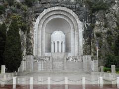 Monument aux morts de la guerre de 1914 - 1918 -  Monument aux Morts