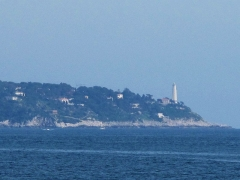 Phare du Cap Ferrat - English: The Cap-Ferrat, with its light house, from Villefranche-sur-Mer, near Nice, France