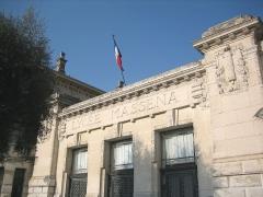 Lycée Masséna - English: South front of Lycée Masséna (Masséna High school) in Nice, France.