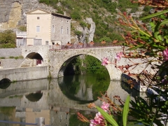 Pont romain - English: Roman bridge on the river Ouvèze at Le Pouzin