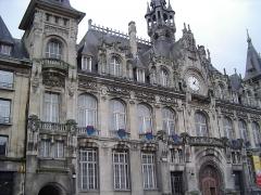 Château de la Basse-Touligny - Façade de l'Hôtel de ville de Mézières (Charleville-Mézières, Ardennes, France)