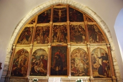 Chapelle Saint-Quintin - Français:   Galey (Ariège, France), chapelle saint Quentin, retable de 15 tableaux, classé M.H..