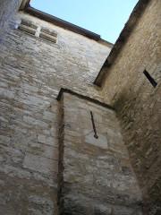 Château (ancien prieuré) de Toulongergues - Français:   meurtrière nord