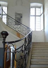 Ancien hôtel Ayrolle des Angles, actuellement hôtel de ville - Français:   Nant - Hôtel Ayrolles des Angles - Escalier