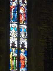 Eglise Saint-Blaise et Saint-Martin - Français:   Vitrail de la fin de XIXième siècle; l\'église de Saint-Martin et Saint-Blaise, département du Cantal, en région Auvergne-Rhône-Alpes, France