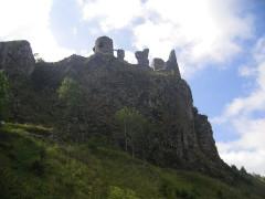 Château fort d'Apchon -  Apchon