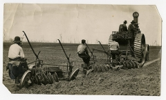 Château de Bourgon -  A big tractor pulling two plows