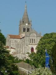 Eglise Saint-Romain - English:   church of Villebois-Lavalette, Charente, SW France