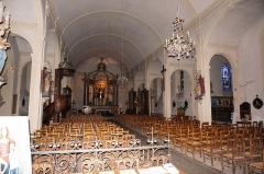 Ancien temple protestant, aujourd'hui église catholique Saint-Martin - Français:   La nef de l\'église st-Martin de Pons.