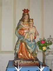 Ancien temple protestant, aujourd'hui église catholique Saint-Martin - English: Pons (Charente-Maritime) église Saint-Martin, statue N.D. de Recouvrance de Pons