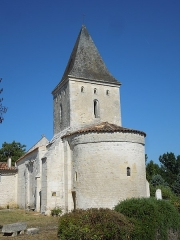 Eglise Saint-Pierre d'Antignac - English: Antignac, church, view from southeast