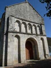 Eglise Saint-Hilaire - Français:   Eglise de St-Hilaire-du-Bois, Charente-Maritime, France