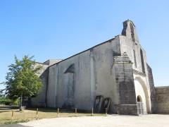 Eglise Saint-Martial - English: Saint-Martial-de-Vitaterne, village church seen from the northwest