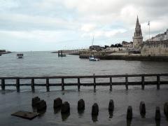 Slip way - Entrée du port La Rochelle, 2014